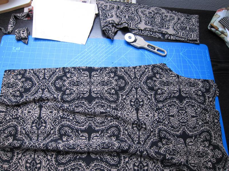 strickkleid schnell und einfach schnittkonstruktion und n h tutorial der rote faden. Black Bedroom Furniture Sets. Home Design Ideas